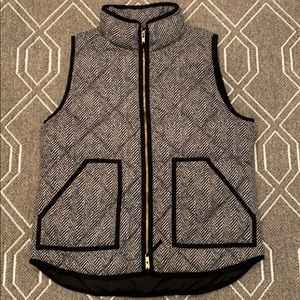 J Crew Herringbone Vest Size Medium NWOT